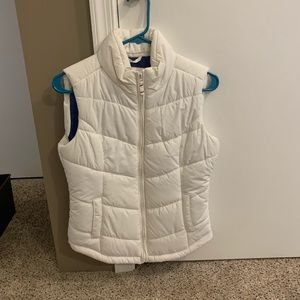Aeropostale puffer vest, size small